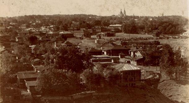 В период с 1879 по 1895 год учреждения УИС в Пермской губернии подчинялись тюремному отделению губернского правления и, через него, - Пермскому губернатору.