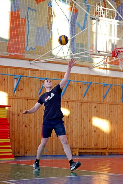 Первенство по волейболу состоялось в рамках спартакиады института