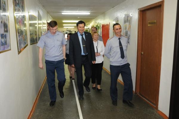 Гости пообщались с руководством и сотрудниками института, а также узнали, как готовят специалистов для уголовно-исполнительной системы