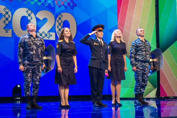 Право играть в Первой лиге вологодская команда КВН «Люди ФСИНем» получила по итогам выступления на Международном фестивале команд КВН «КиВиН-2020» в г. Сочи