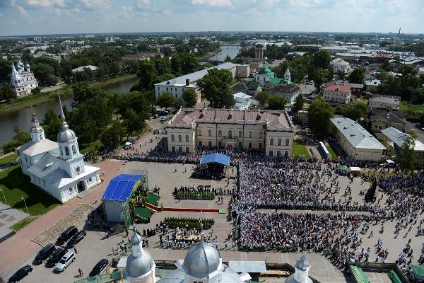 Личный состав ведомственного института приял активное участие в мероприятиях, приуроченных к визиту в Вологодскую митрополию Предстоятеля Русской Церкви