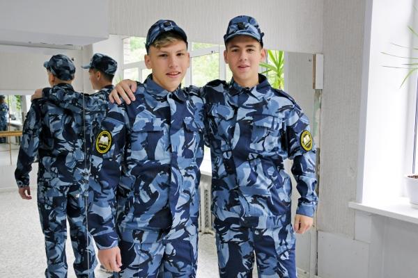 В камуфлированном (полевом) хлопчатобумажном костюме ребята примут Клятву кадета на площади Революции 8 сентября