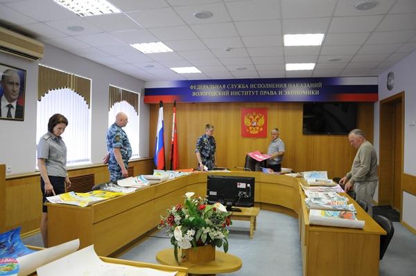 В конкурсном состязании приняли участие учебно-строевые подразделения института
