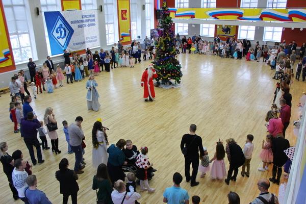 Новогодняя елка для детей и внуков сотрудников и ветеранов института прошла в ВИПЭ ФСИН России