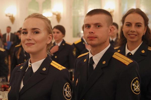 Лучших выпускников ведомственных вузов ФСИН России поздравил Президент Российской Федерации