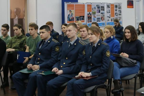 Свою теоретическую подготовку проверяли 12 команд из семи учебных заведений области