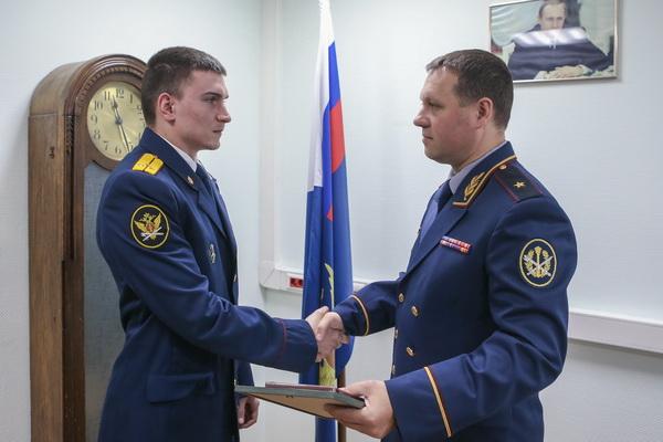 старший лейтенант внутренней службы Сергей Миков