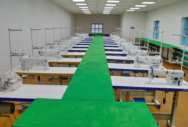 В ИК-1 ГУФСИН России по Кемеровской области – Кузбассу после капитального ремонта открылся швейный цех