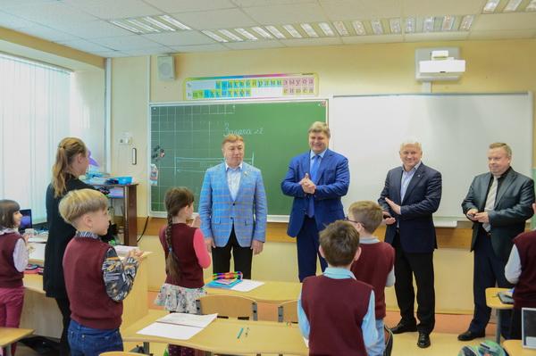 Первый заместитель директора ФСИН России Анатолий Рудый посетил Центр спорта и образования «Самбо-70»