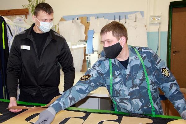 Для медиков Йошкар-Олы на производственном участке ИК-4 УФСИН России по Республике Марий Эл сошьют тысячу халатов
