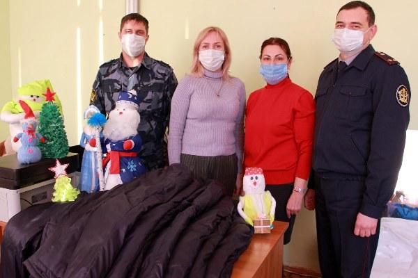 В канун Старого Нового года сотрудники ИК-7 УФСИН России по Республике Марий Эл побывали в детском доме - интернате «Солнышко»