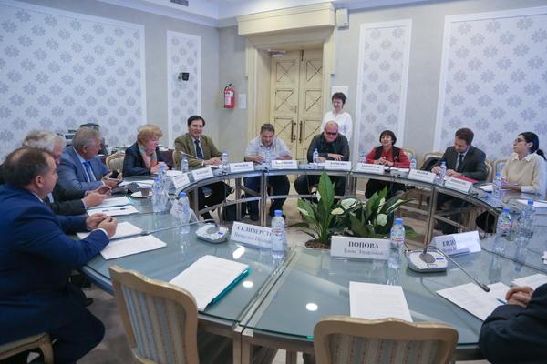 Сегодня в Общественной палате Российской Федерации был дан старт IV Всероссийскому журналистскому конкурсу «Слово ранит, слово лечит»