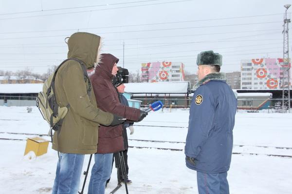 Кировские журналисты ознакомились с деятельностью управления по конвоированию
