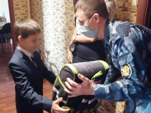 Сотрудники ИК-19 УФСИН России по Республике Татарстан оказали благотворительную помощь нуждающимся семьям